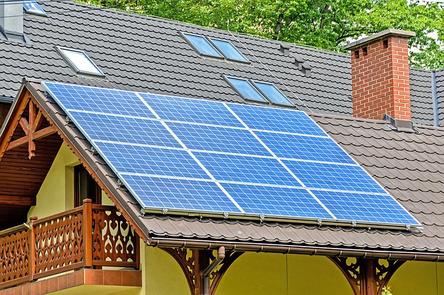 Greener Living: A Quick Guide to Residential Solar Panel Systems