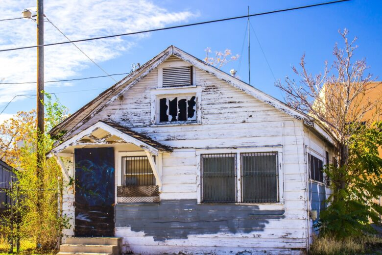 When a property is determined to be a condemned house you may wonder if it holds any value. It does! Read here to learn more!