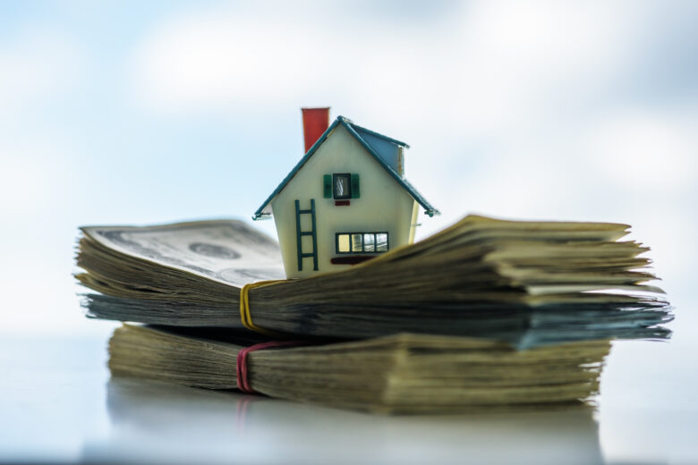 Are you interested in living a fearlessly independent life without the constant worry of home ownership? You can sell your property as is for cash. Here's how.
