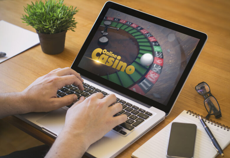 Do you enjoy playing games at online casinos but want to avoid the scams? Find out how to play free online slot games without the risks.