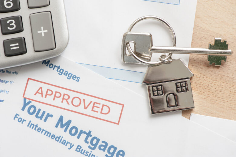 The home buying process can be extremely hard to navigate. Here's what happens during the home buying process that you should be prepared for.
