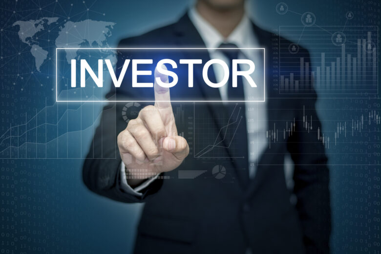 Even though real estate investing is risky and challenging, there are ways to achieve success. Here are 9 habits of successful real estate investors.